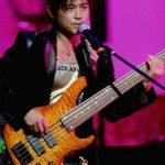 山口達也氏の使用楽器のベースは何を使っているの?また腕前は?